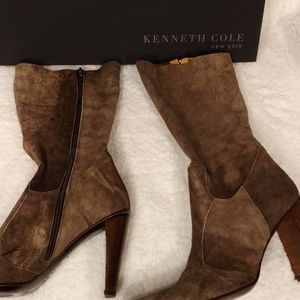 Kenneth Cole dark brown leather boots. Size 39M